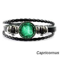 dating a capricorn: bracelet